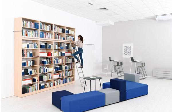 Duży zestaw meblowy do bibliotek Grande 26 z otwartymi półkami