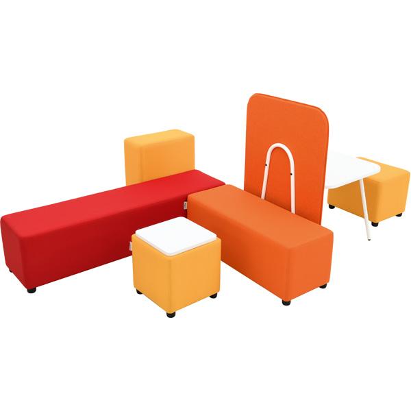 Siedziska z serii blocco mini dla przedszkoli i szkół podstawowych